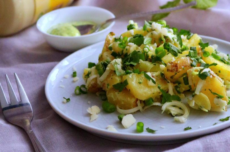Sałatka ziemniaczana z majonezem pietruszkowym